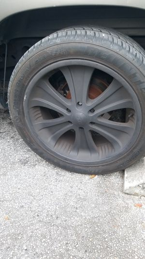 "22"" inch black painted rims and tires for Sale in Fort Lauderdale, FL"