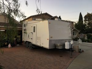 2005 Tahoe toy hauler for Sale in Carson, CA