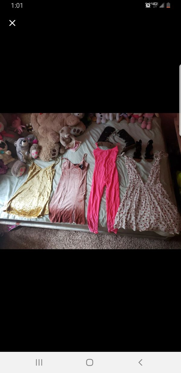 Womsnd clothes bundle