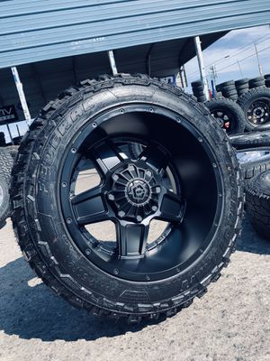 20x12 All black 6 lug rims and mud tires 33125020 Chevy gmc Nissan for Sale in Modesto, CA