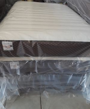 """Queen sz pillow top Mattress its a very soft""""with factory warranty,new in plastic. YOU'LL SLEEP LIKE A BABY $210.00. for Sale in Riverside, CA"""