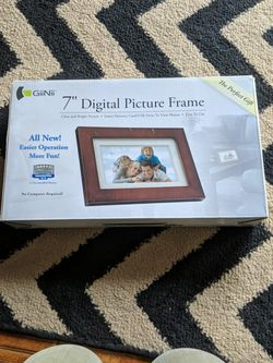 """7"""" Digital Picture Frame for Sale in Guatay,  CA"""