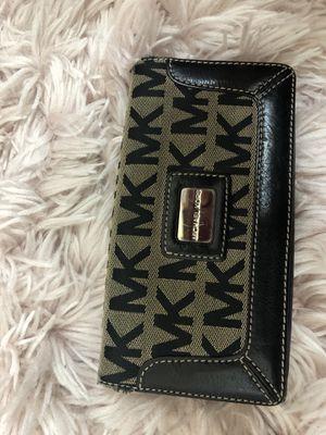Micheal Kors Wallet for Sale in Alexandria, VA