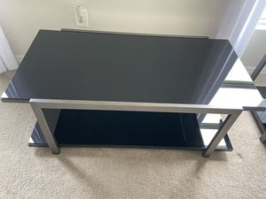 Ashley Furniture Coffee table w/ side tables for Sale in Winter Haven, FL