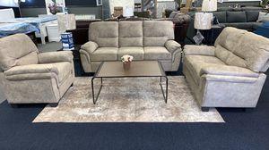 3 pcs beige living set. Super comfortable for Sale in Lehigh Acres, FL