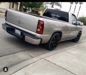 Chevy Silverado v6 for Sale in Fresno, CA