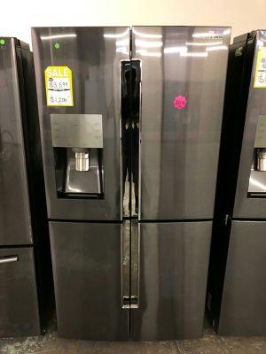 SAMSUNG 4 DOOR FLEX - BLACK STAINLESS STEEL REFRIGERATOR for Sale in Phoenix, AZ