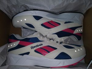 Reebok Aztrek unisex sz 11 for Sale in Mount Laurel Township, NJ
