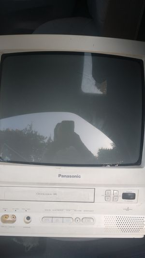 TV VHS combo for Sale in Marietta, GA