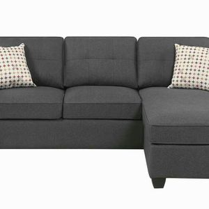 Casual dove sectional sofa for Sale in Austell, GA