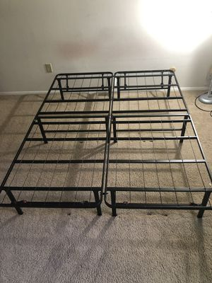 Mainstays queen metal bed frame for Sale in Liverpool, NY