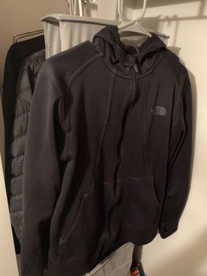 North Face Hoodie (size M) for Sale in Woodbridge, VA