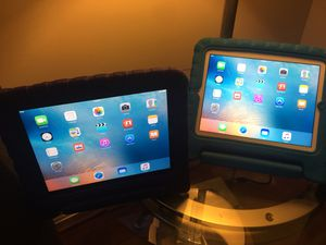 2 iPad 3rd for sale for Sale in Springfield, VA