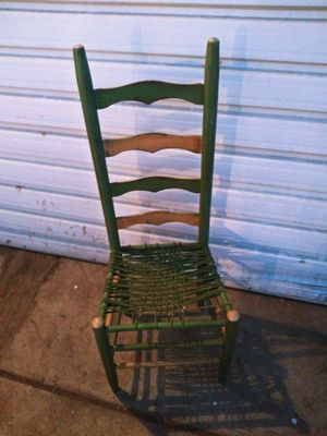Chair for Sale in Fresno, CA