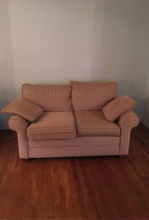 Living-room ( loveseat and chair) from Ethan Allen for sale $275 for chair, $400 for loveseat. Lamp $40, end table $50, and $70. Beautiful bedroom se for Sale in Queens, NY