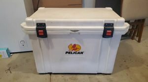 Pelican Elite 95QT Cooler for Sale in Beaverton, OR