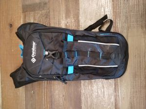 Hiking backpack - hydration, 2L water bladder for Sale in South Pasadena, CA