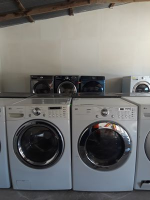 LG White Washer And Electric Dryer for Sale in Austin, TX