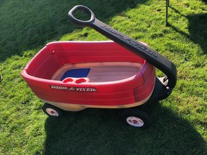 Radio Flyer wagon for Sale in Maple Valley, WA
