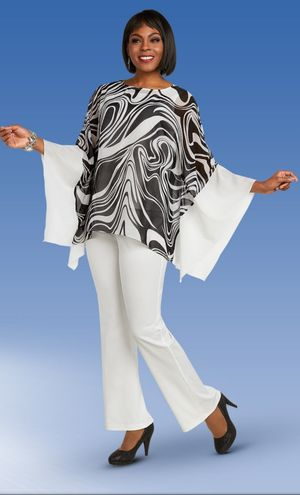 Black White 2 Piece Tunic Top Pant Set for Sale in Suffolk, VA