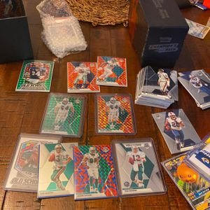 NFL MOSAIC CARDS / POKEMON / MORE! for Sale in Doral, FL