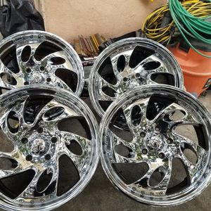 Wheel 20x8.5 for Sale in Los Angeles, CA
