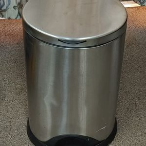 Canworks Kitchen Trash Can Firm Price for Sale in Burlington, NC