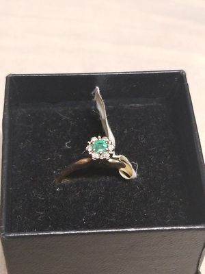EMERALD WITH DIAMOND AND GOLD RING for Sale in Fort Belvoir, VA