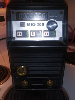 HITBOX MIG 200 WELDER for Sale in Bellingham,  WA