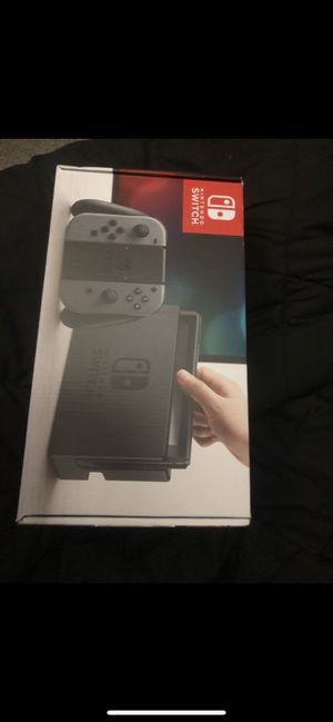 Nintendo switch with extras for Sale in Miami, FL