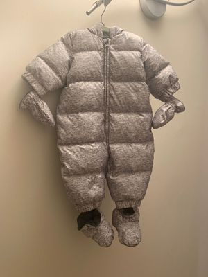 Baby gap Down winter Snowsuit for Sale in Queens, NY