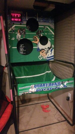 Football arcade game for Sale in Parma, OH