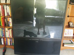 Mitsubishi big screen tv for Sale in Kissimmee, FL