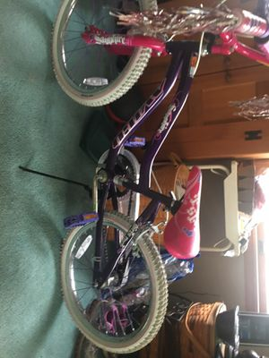 PracticallyNew young girls bike for Sale in Columbia, MD