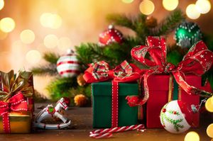 Need your Christmas presents wrapped?! Look no further for Sale in Saint Charles, MO