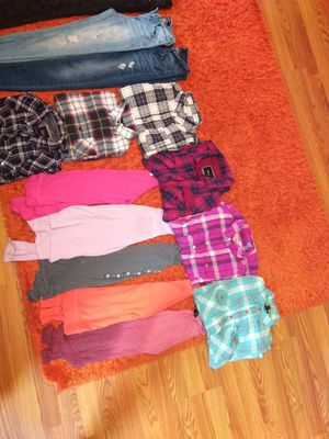 **Teen/ Girl Long Sleeve Shirts & jegging jeans size small &xs for Sale in Trenton, NJ