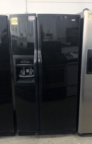 """Comes with free 6 Months Warranty-like new 33"""" inches black side by side refrigerator Kenmore Elite for Sale in Warren, MI"""