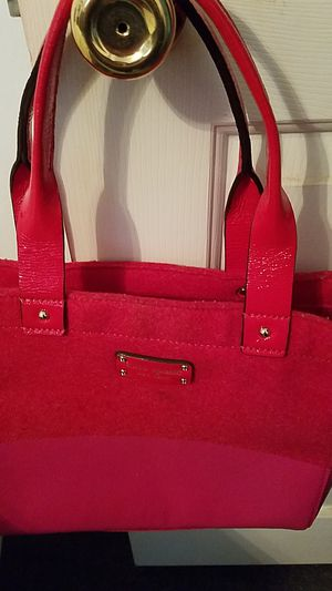 Kate spade red and pink authentic purse for Sale in TN, US