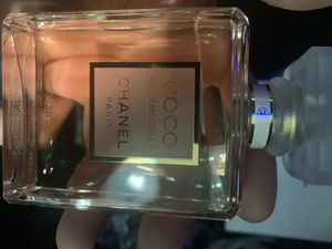 Woman's Chanel perfume for Sale in Irwindale, CA