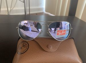 Brand New Authentic Aviator Sunglasses for Sale in Las Vegas, NV