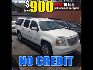 NEW ARRIVAL Chevy Suburban $900 Tahoe Yukon for Sale in Parma, OH