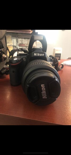 Nikon D5100 digital camera with case for Sale in West Palm Beach, FL