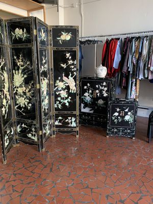 Vintage Asian room divider with mother of pearl for Sale in College Park, GA