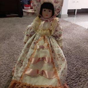 Vintage Anco Porcelain Doll for Sale in Phoenix, AZ