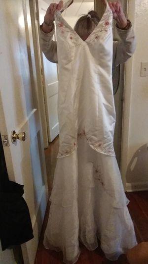 Davids bridal wedding dress need gone for Sale in Joplin, MO