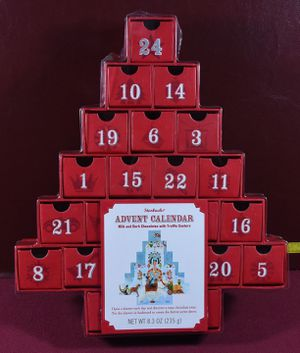 Starbucks Christmas Tree Advent Calendar 2007 w Protector for Sale in Naperville, IL