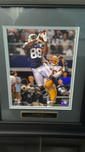 DALLAS COWBOYS DEZ BRYANT AUTOGRAPHED FRAMED 8 X10 PHOTO WITH COA for Sale in Clovis, CA