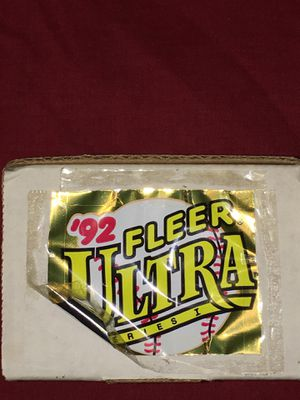 Fleer ultra 1992 baseball card set for Sale in Collinsville, IL