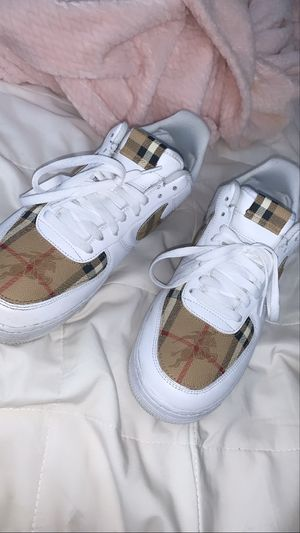Custom made Burberry AF1 size 11.5 retails for $450 . $300 or best offer for Sale in Bell Gardens, CA