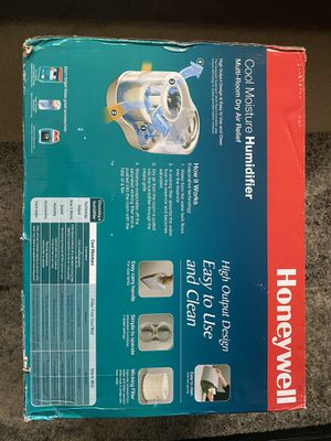 HONEYWELL COOL MOISTURE HUMIDIFIER for Sale in Los Angeles, CA